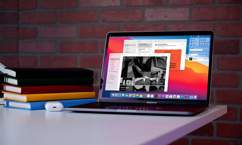 صورة شاهد الفرق بين النسخة المُزودة بـ 8GB من الذاكرة العشوائية ونسخة 16GB من MacBook Pro 13 M1